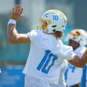 How Justin Herbert & Chargers Can Beat Chase Young & WFT in Week 1
